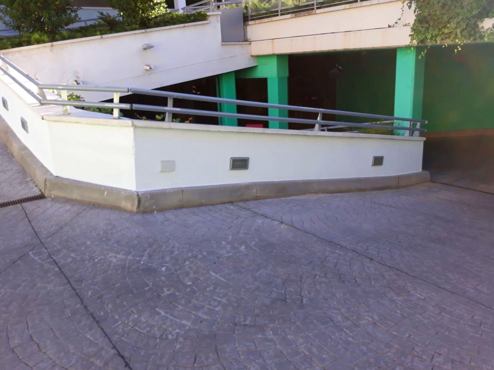 C.P. SAN ROMUALDO: Trabajos realizados de REFORMAS, INSTALACIONES Y CONSTRUCCION ARAGON SLU