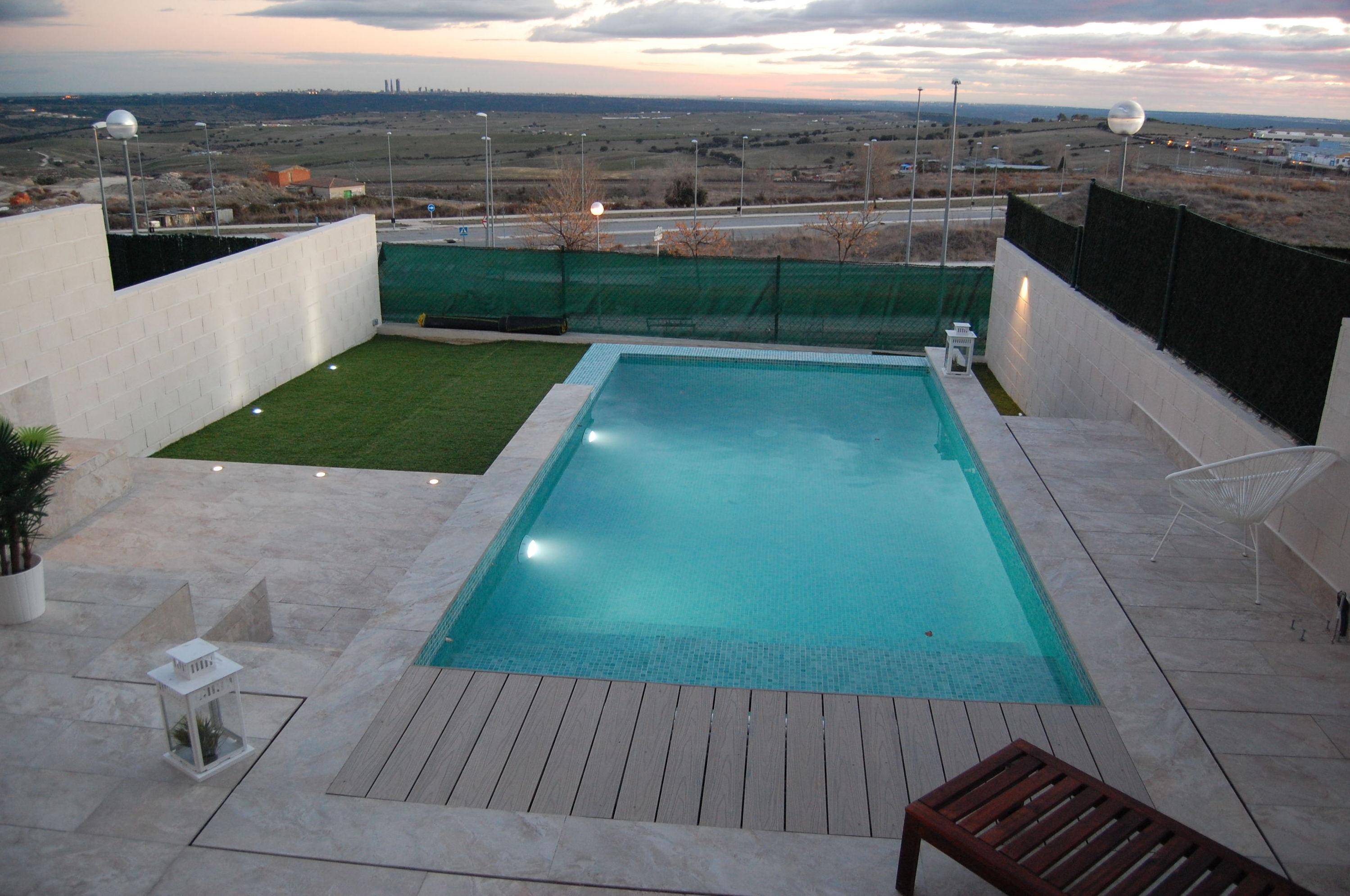 https://www.piscinas-jardines-algete.com/es/fotos/img/7337461/