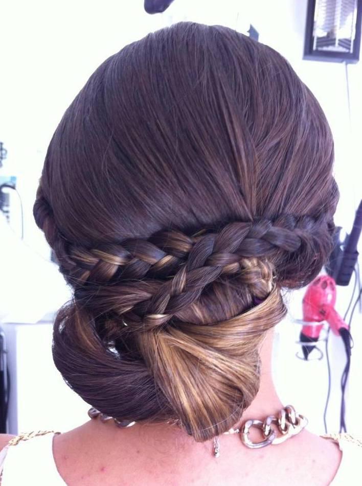 Krysty Creando Belleza, peinados de novia y fiesta en Málaga