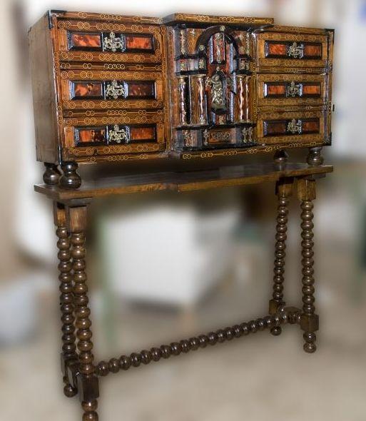 Foto 12 de Restauración de muebles y antigüedades en Pozuelo de Alarcón | La Carcoma Glotona