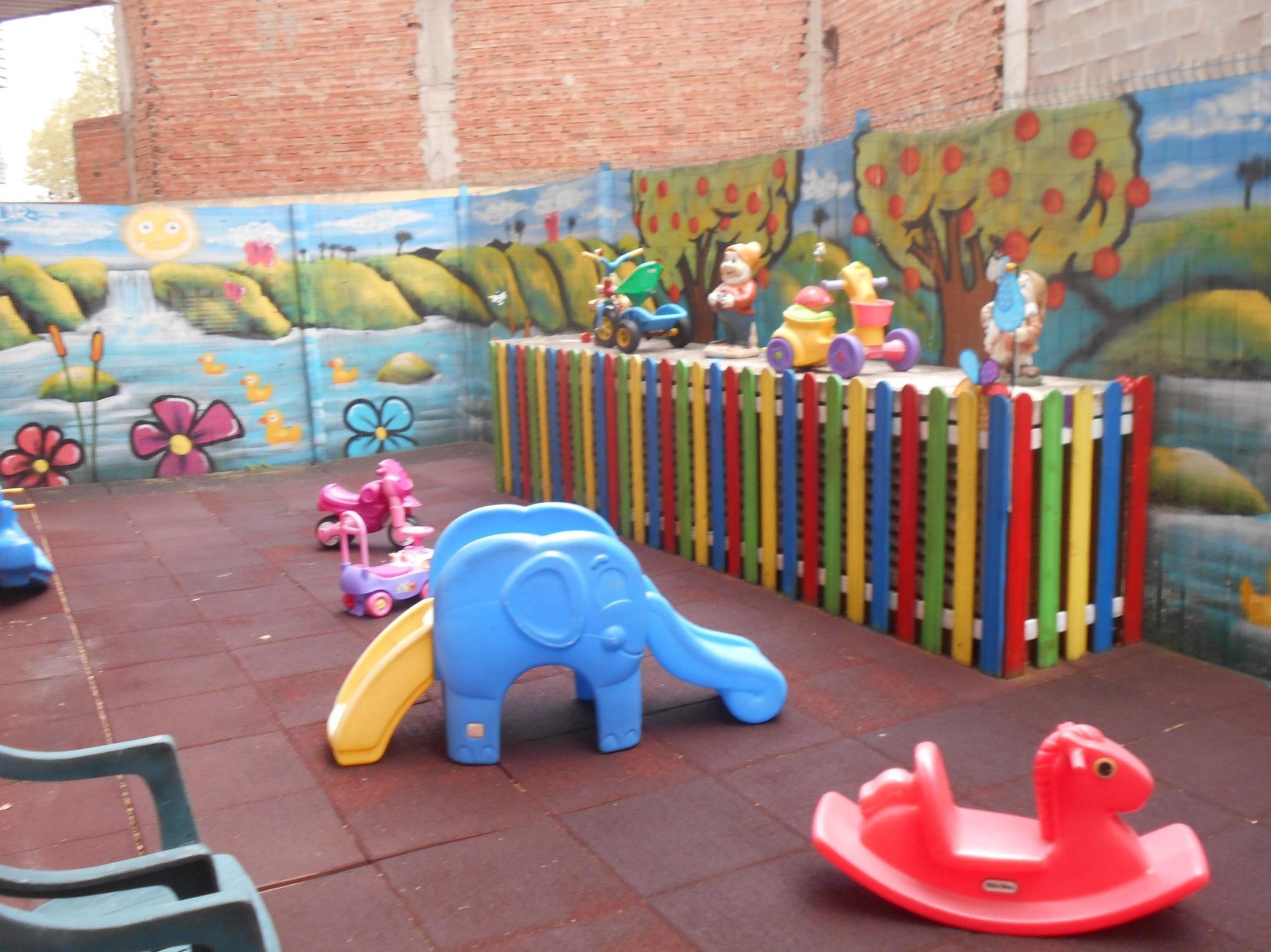 Foto 4 de Guarderías y escuelas infantiles en Logroño | Centro Infantil  Arco Iris