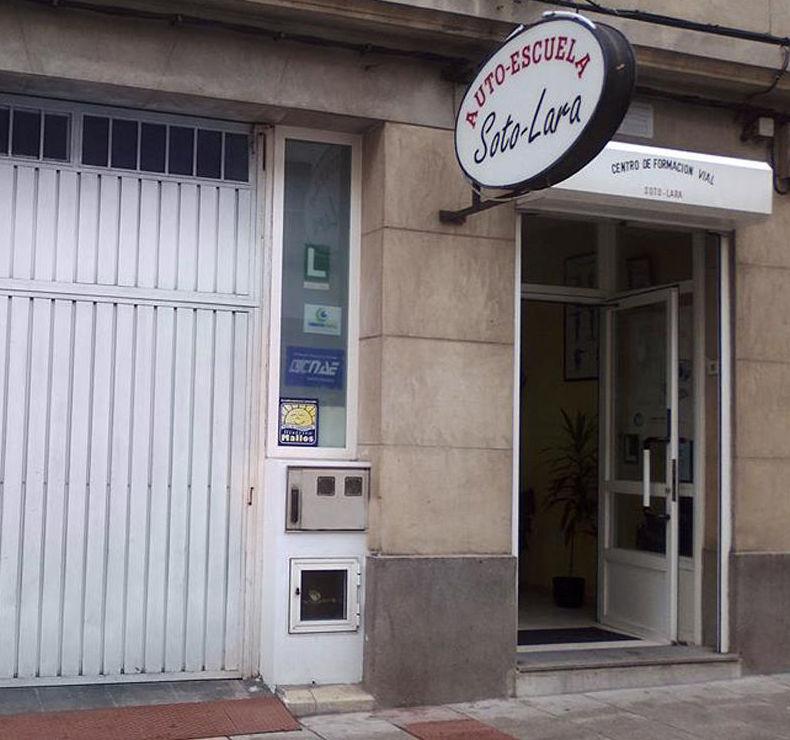 Fachada de Autoescuela Soto-Lara