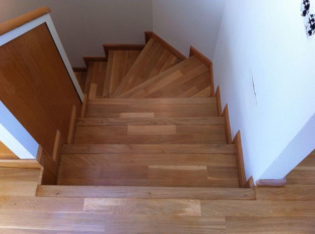 Escalera barnizada