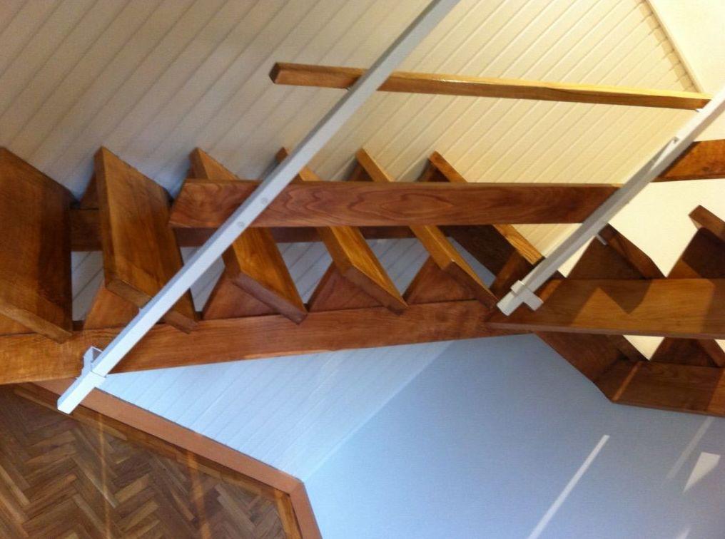 Asturias ,escalera barnizada.