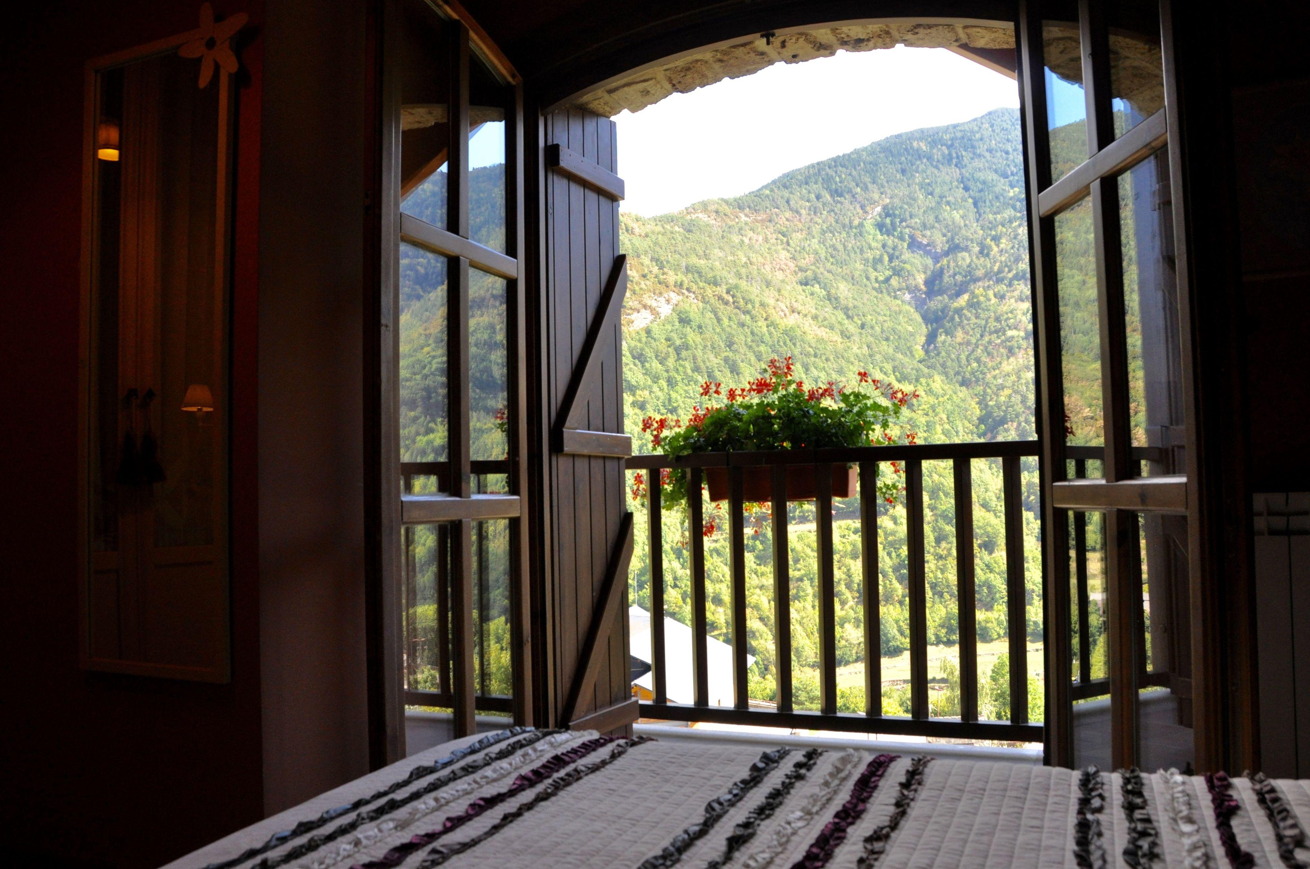 Vistas desde el dormitorio del apartamento Torla.