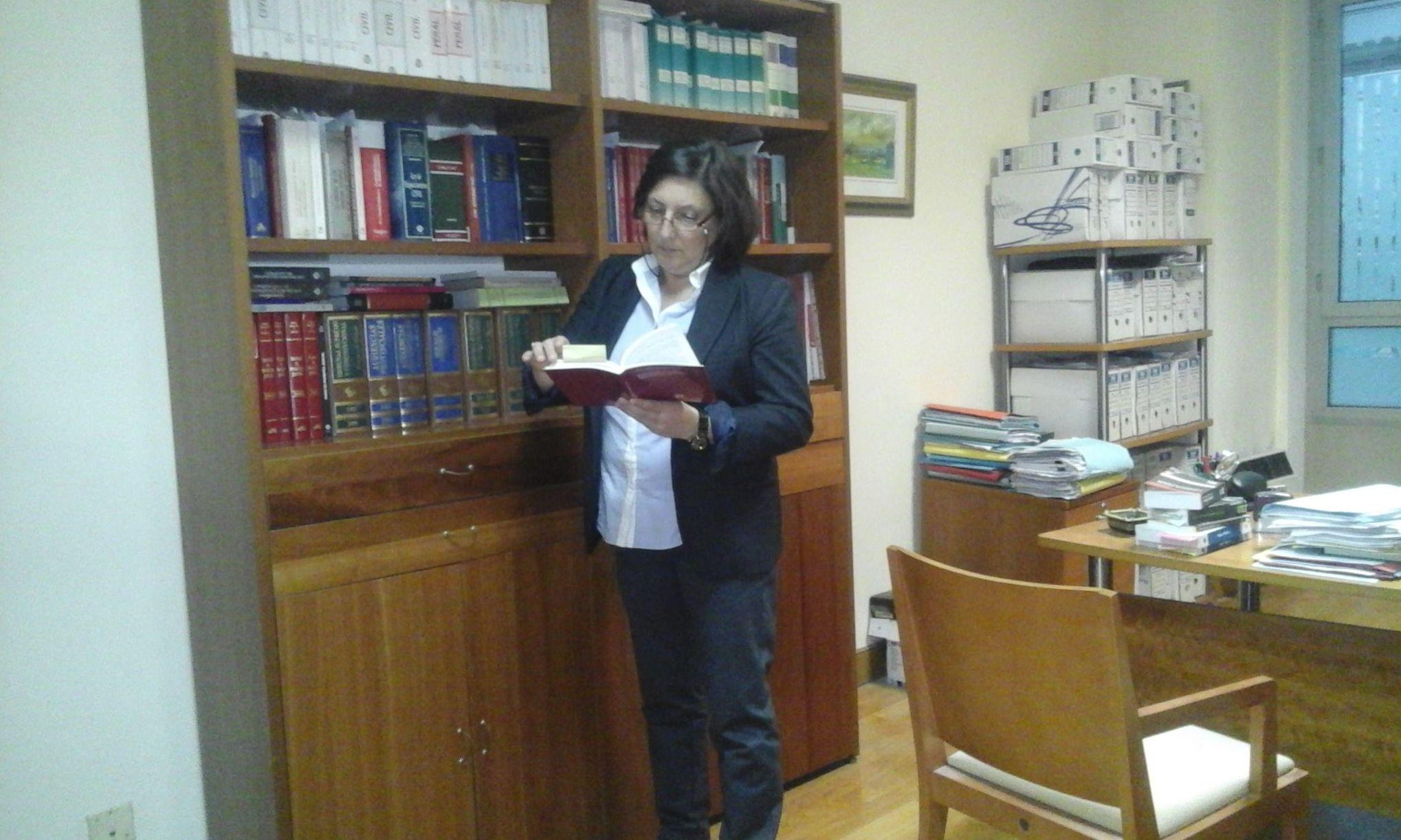 Foto 2 de Abogados en Donostia | Despacho de Abogados Charo Díaz García
