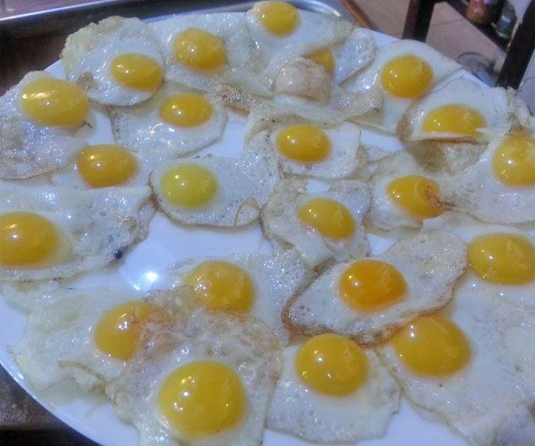 Plato de huevos fritos