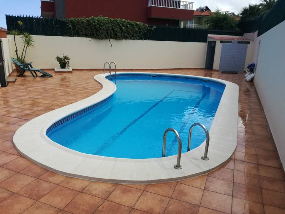 Construcción de piscinas: Servicios de Airen Servicios Integrales