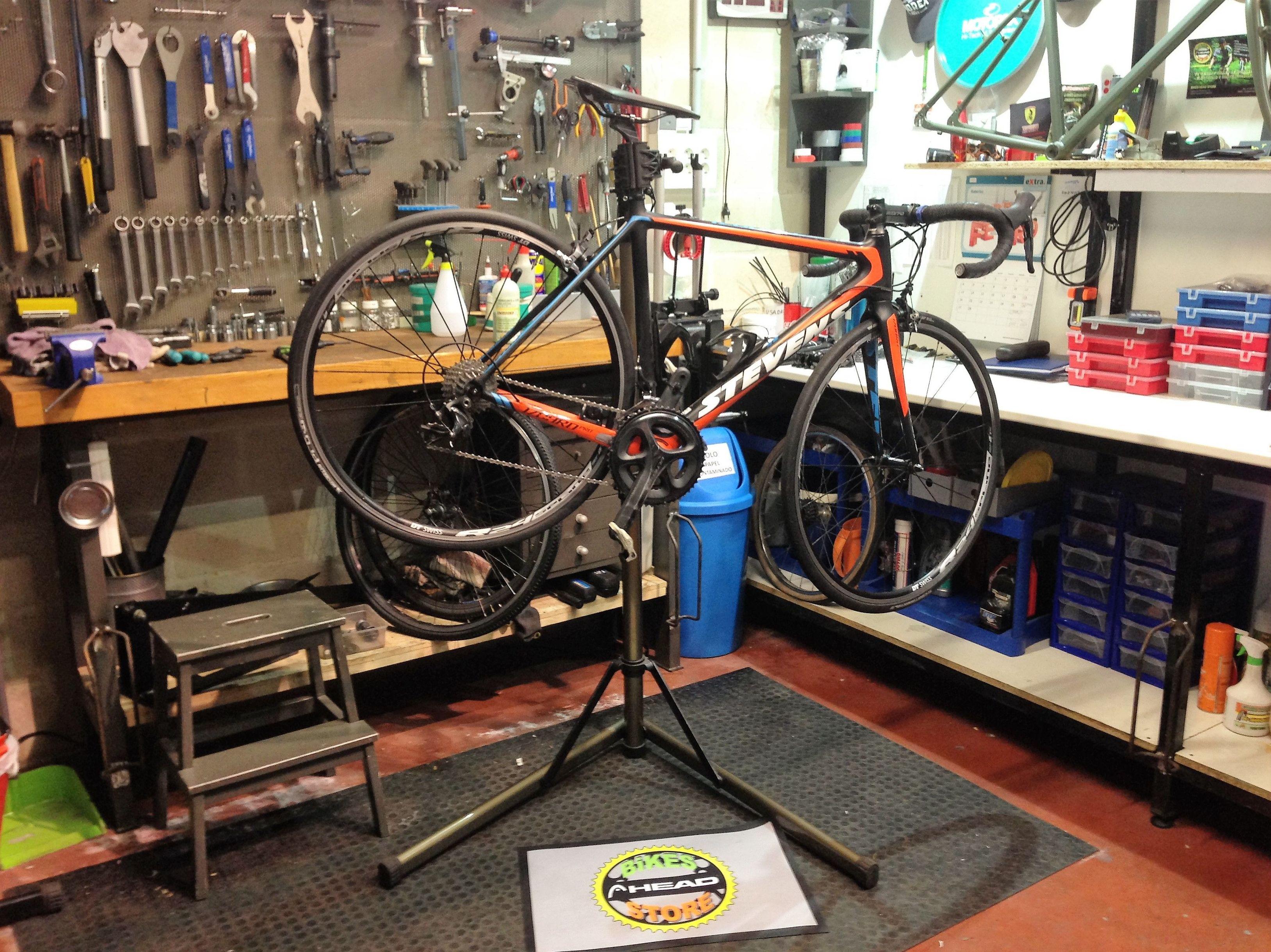 Bicileta Stevens Izoard PRO en nuestro taller de bicicletas