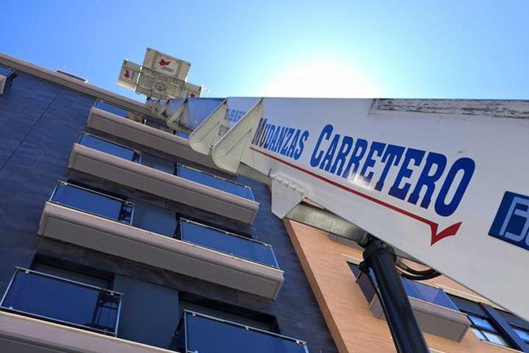 Empresa de mudanzas con elevador en Huelva