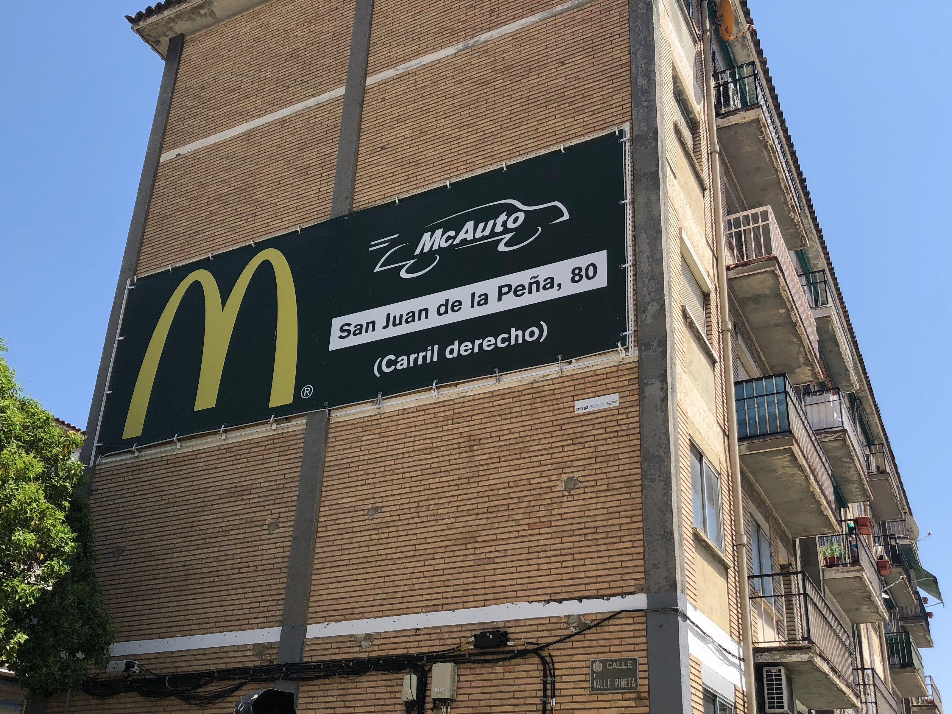 Carteles publicitarios de gran formato en Cataluña