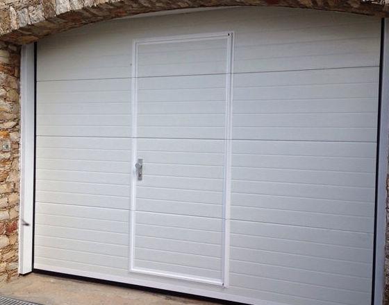 Puertas de garaje de aluminio