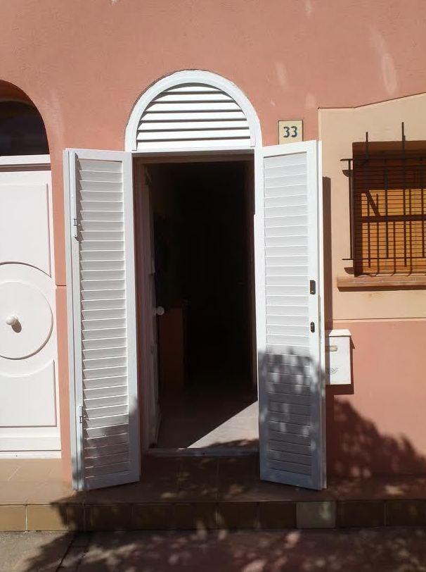 Puerta lacada en blanco