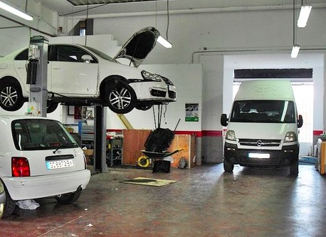 Taller del automóvil en Valdemoro