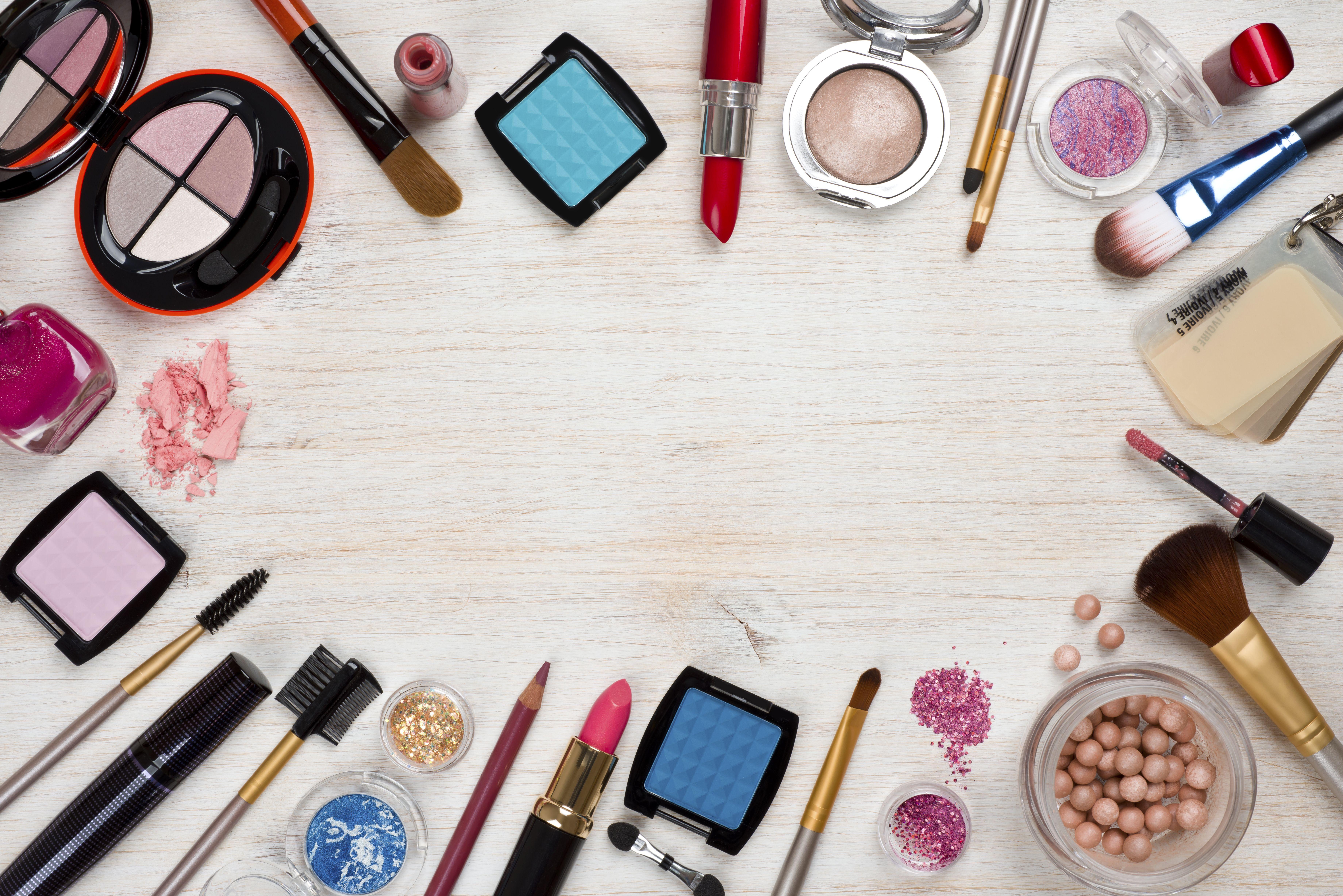 Maquillaje: Peluquería y estética de Lola Gómez Estilistas