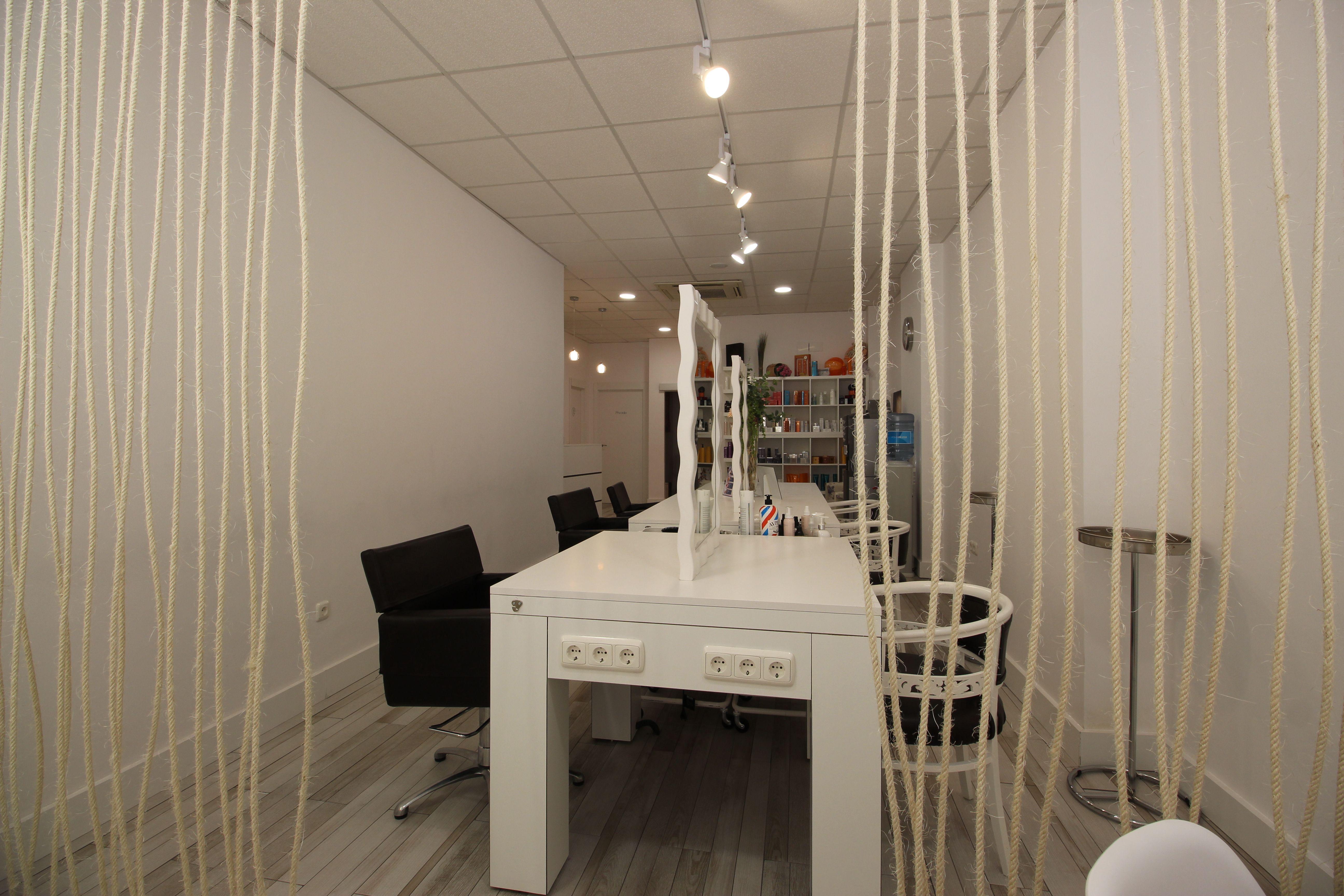 Sala de peluquería de Lola Gómez Estilistas