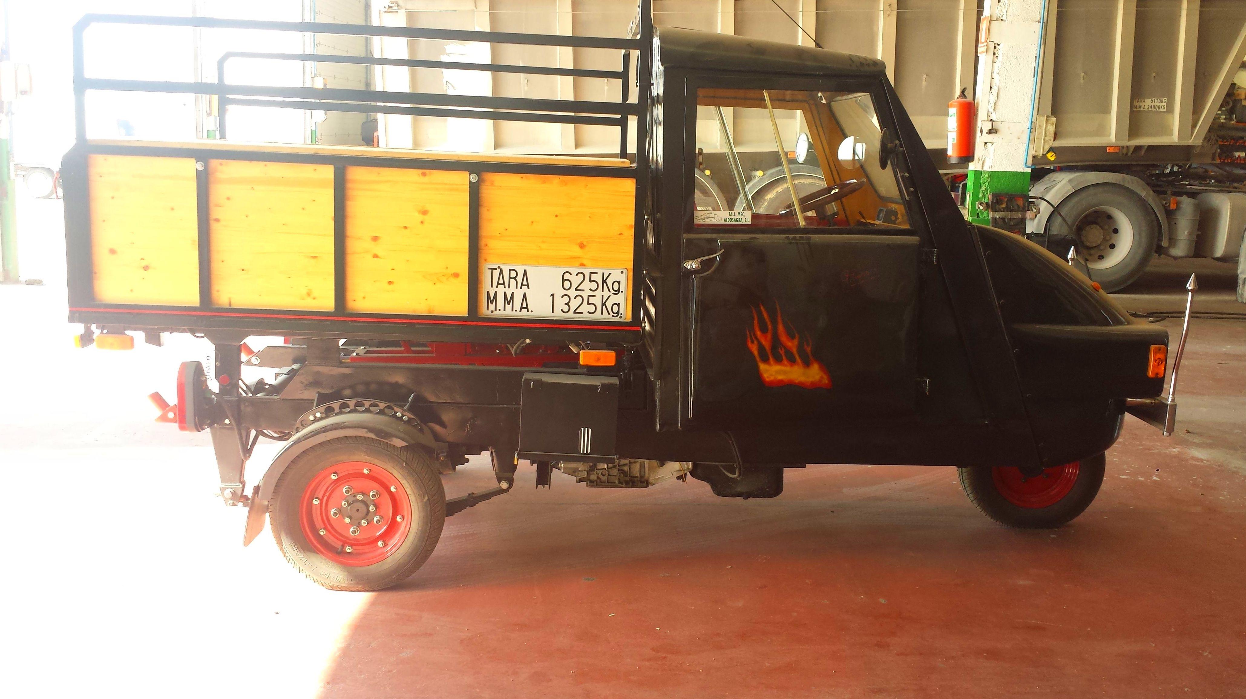 Foto 2 de Taller de vehículos industriales y automóviles en  | Talleres Aldosagra