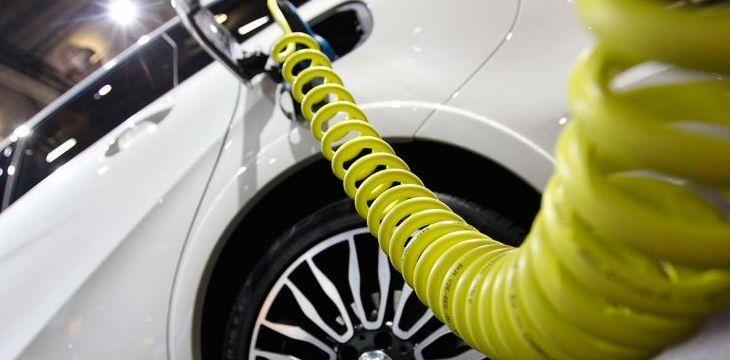 Los coches eléctricos contaminan más que un diesel Euro 6.