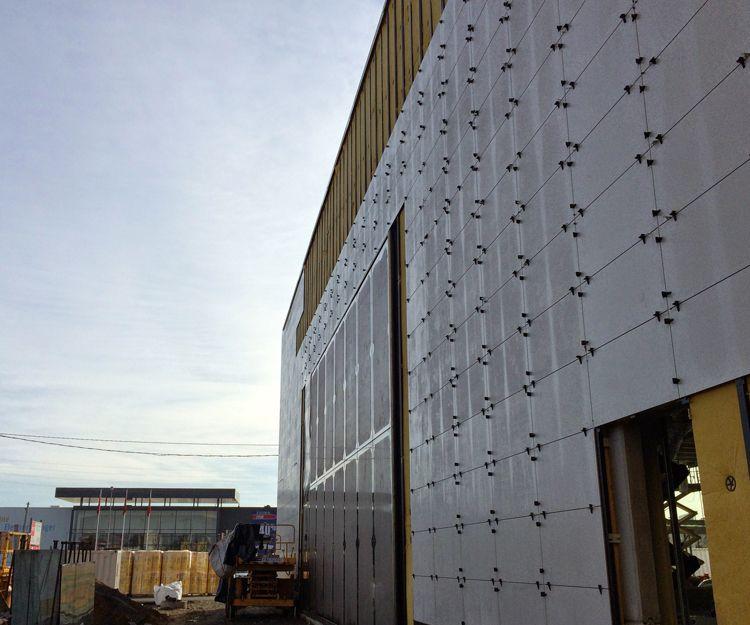 Aislamientos térmicos con cerramientos exteriores de obra seca y fachada