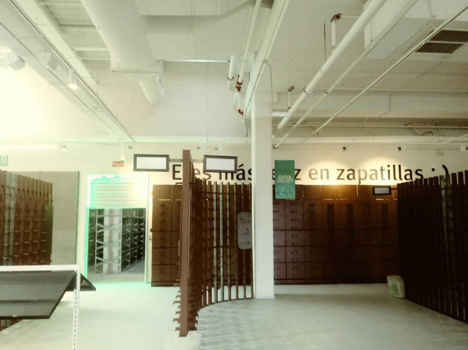 Realización tienda Sprinter Lorca (Murcia) y Roquetas (Almeria). 040