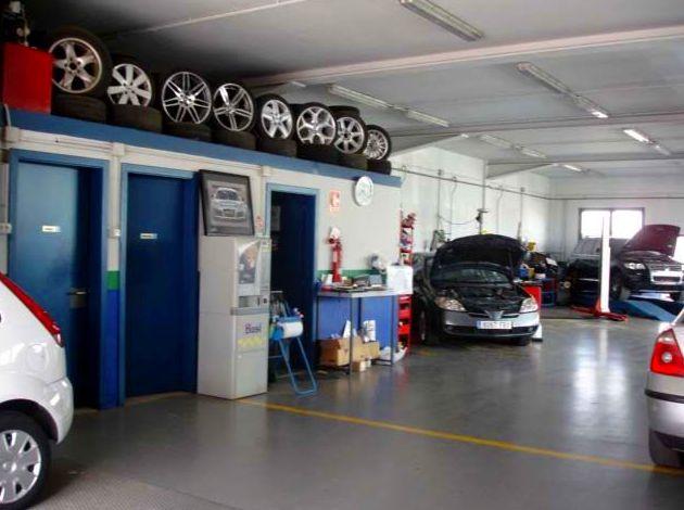 Foto 6 de Taller de automóviles en Santpedor | AutoSantpedor, S.L.