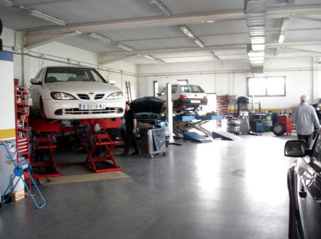 Foto 10 de Taller de automóviles en Santpedor | AutoSantpedor, S.L.
