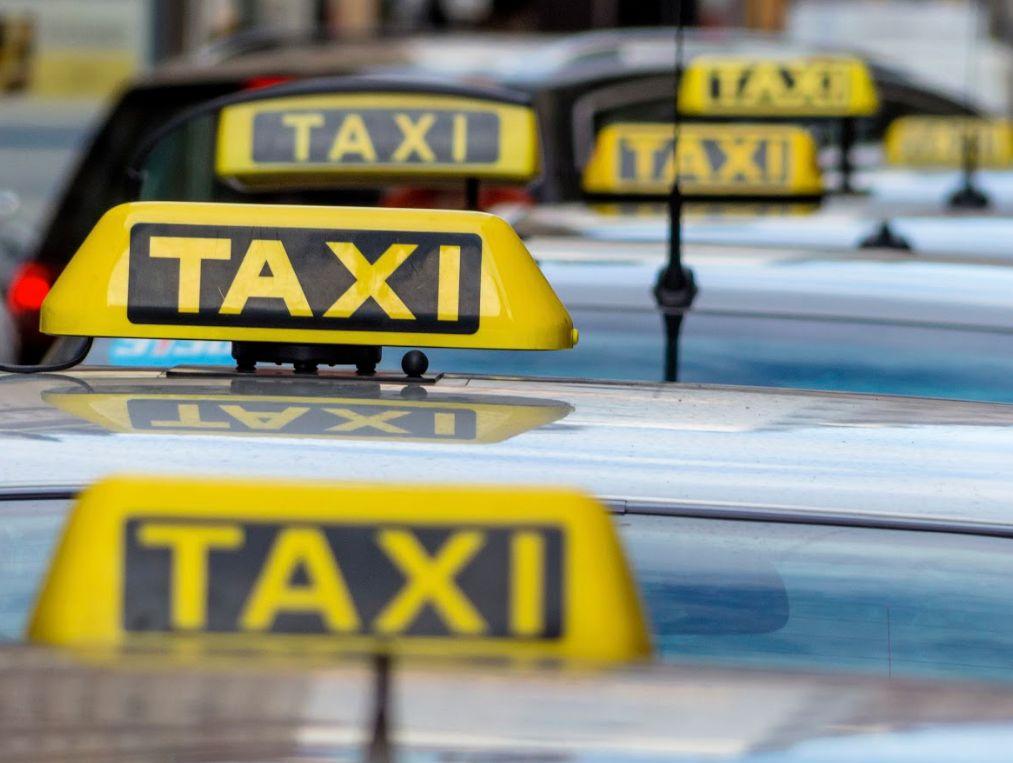 Flota de vehículos: Servicios de Tele Taxi Santander