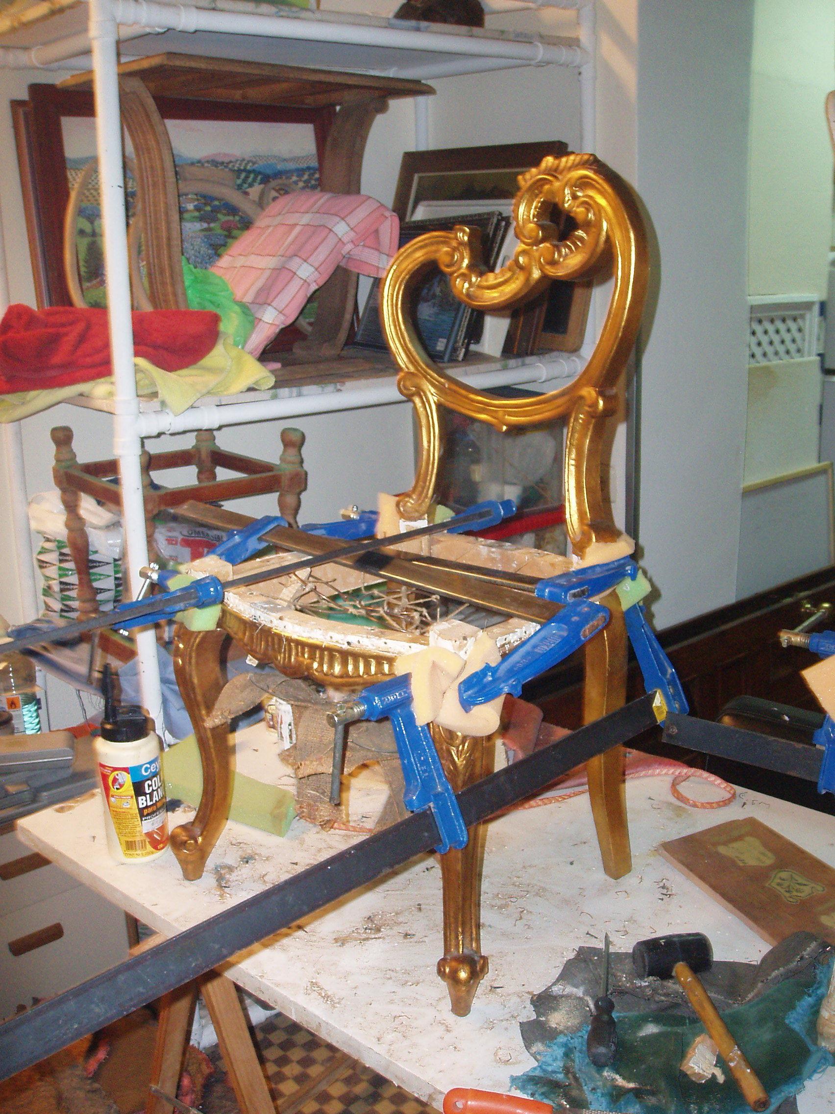 encolado silla oro fino