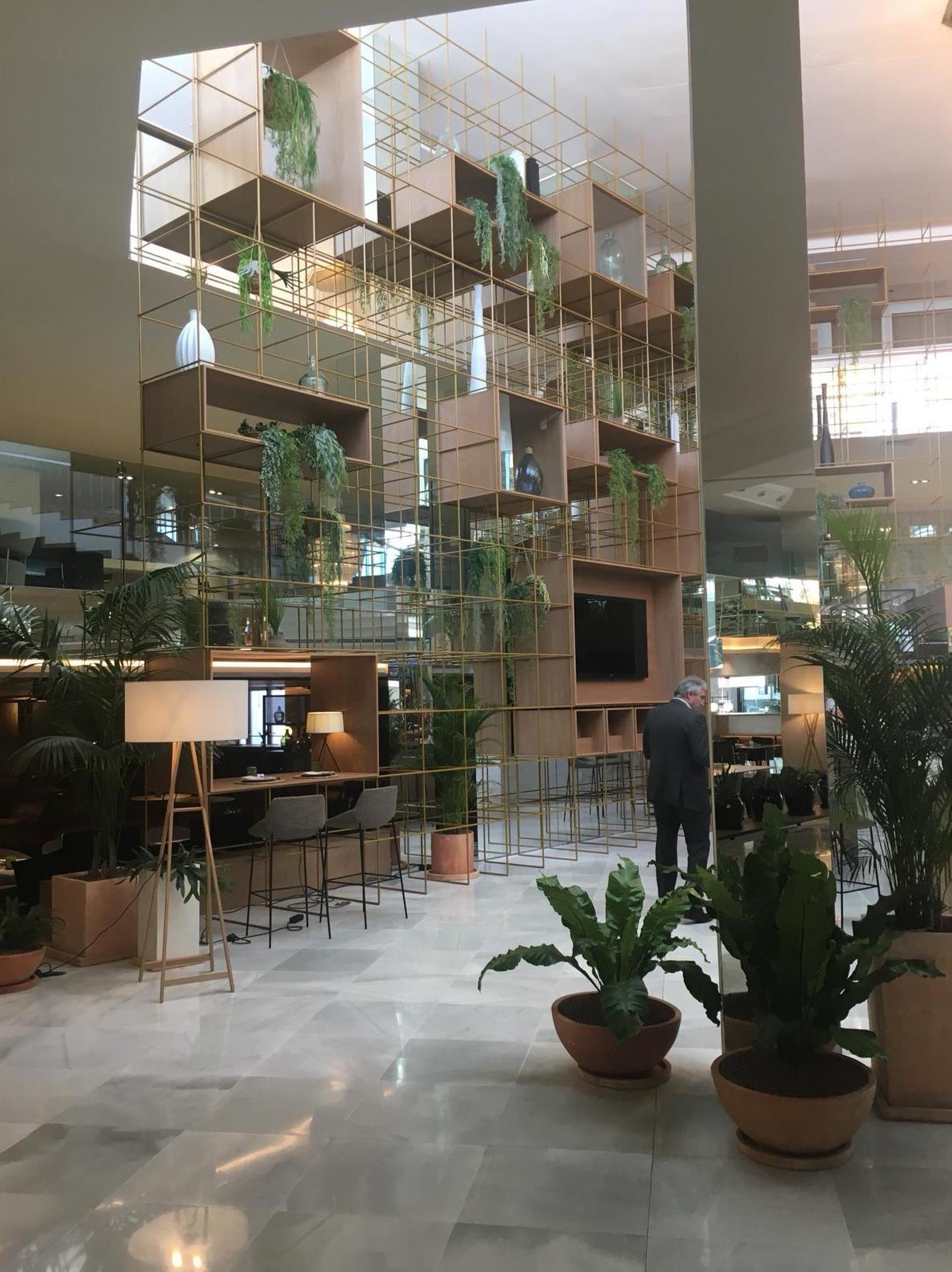 Ajardinamiento interior hotel