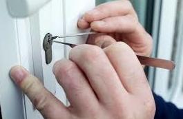 Apertura de todo tipo de puertas: Servicios de Cerrajería Josu