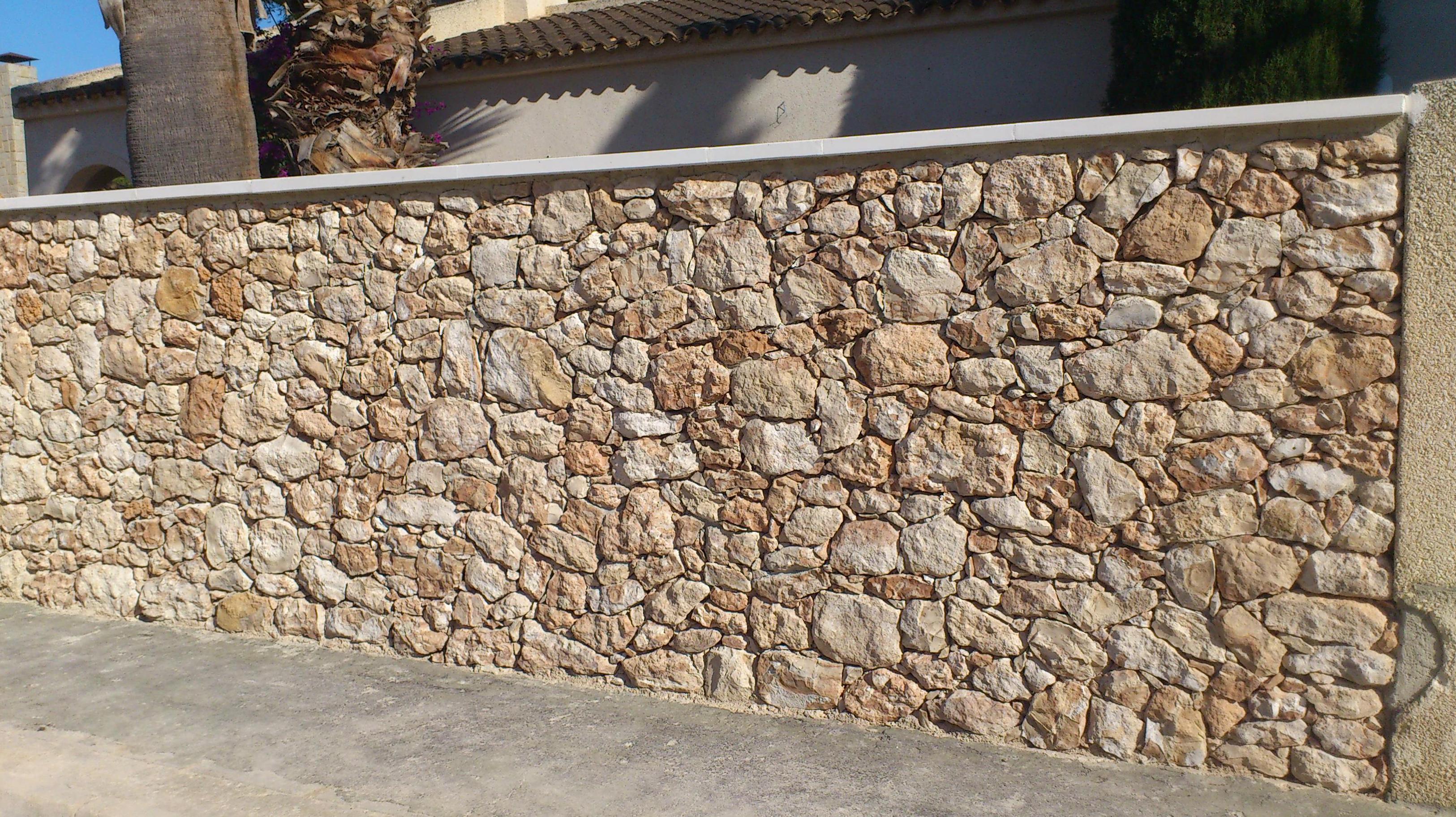 Muro de piedra natural finest artesira muros de piedra - Muros de piedra natural ...