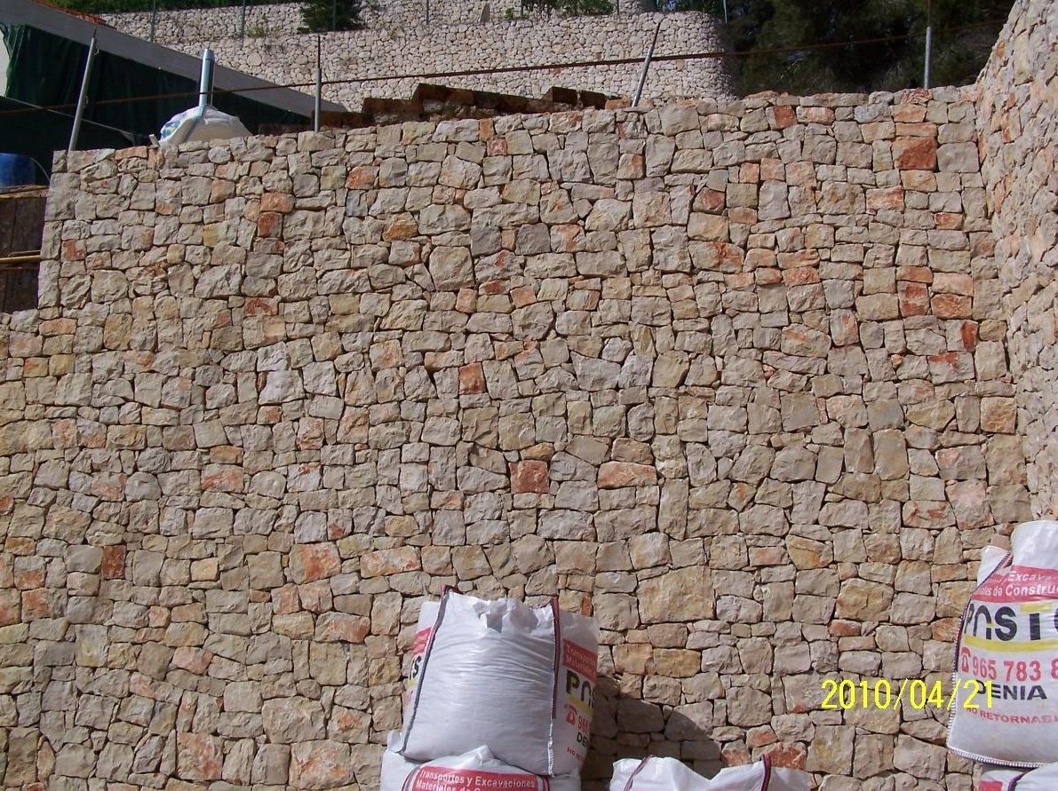 Muro de contención en piedra de Javea