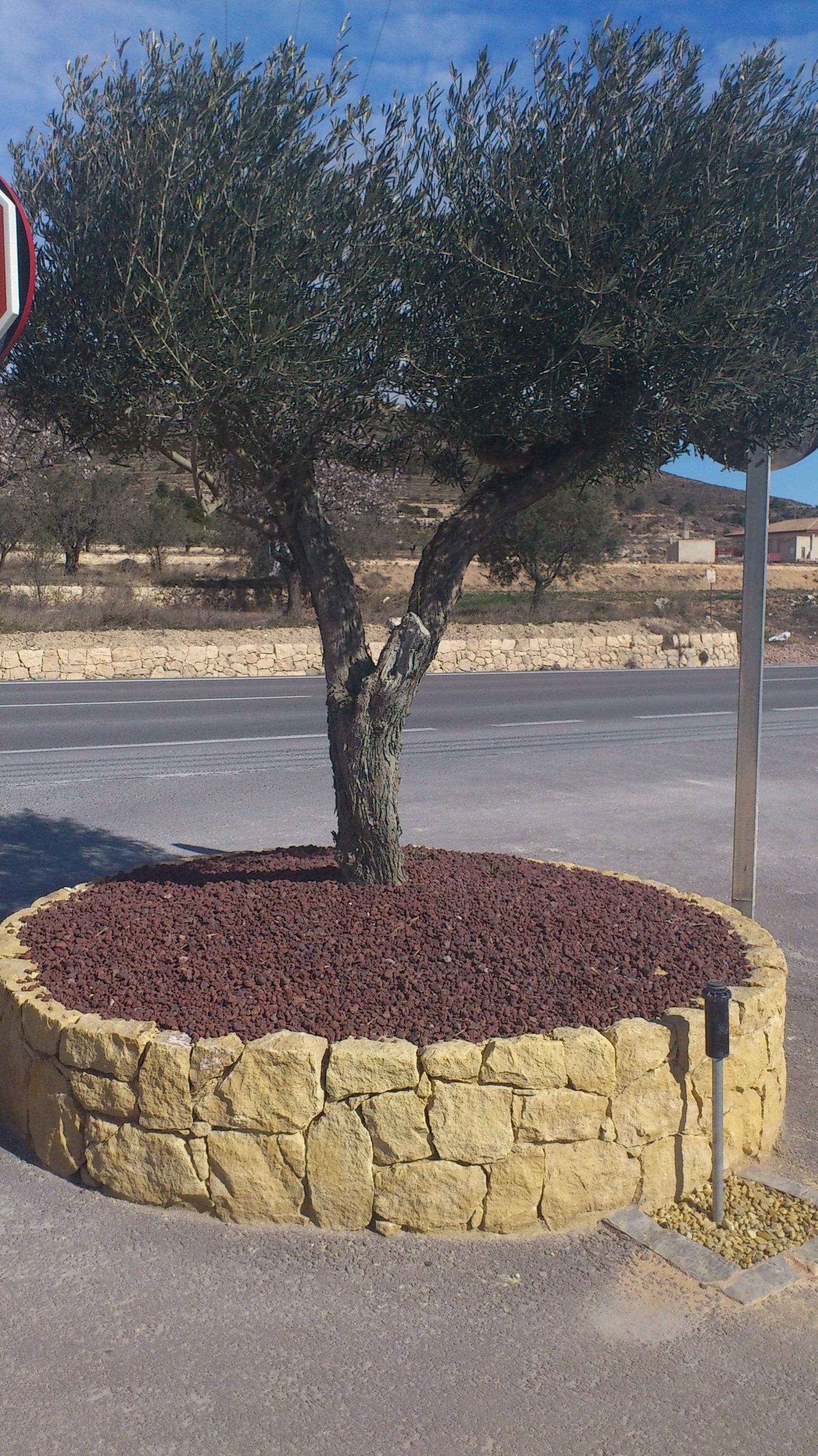 Jardinera en piedra de la Nucia