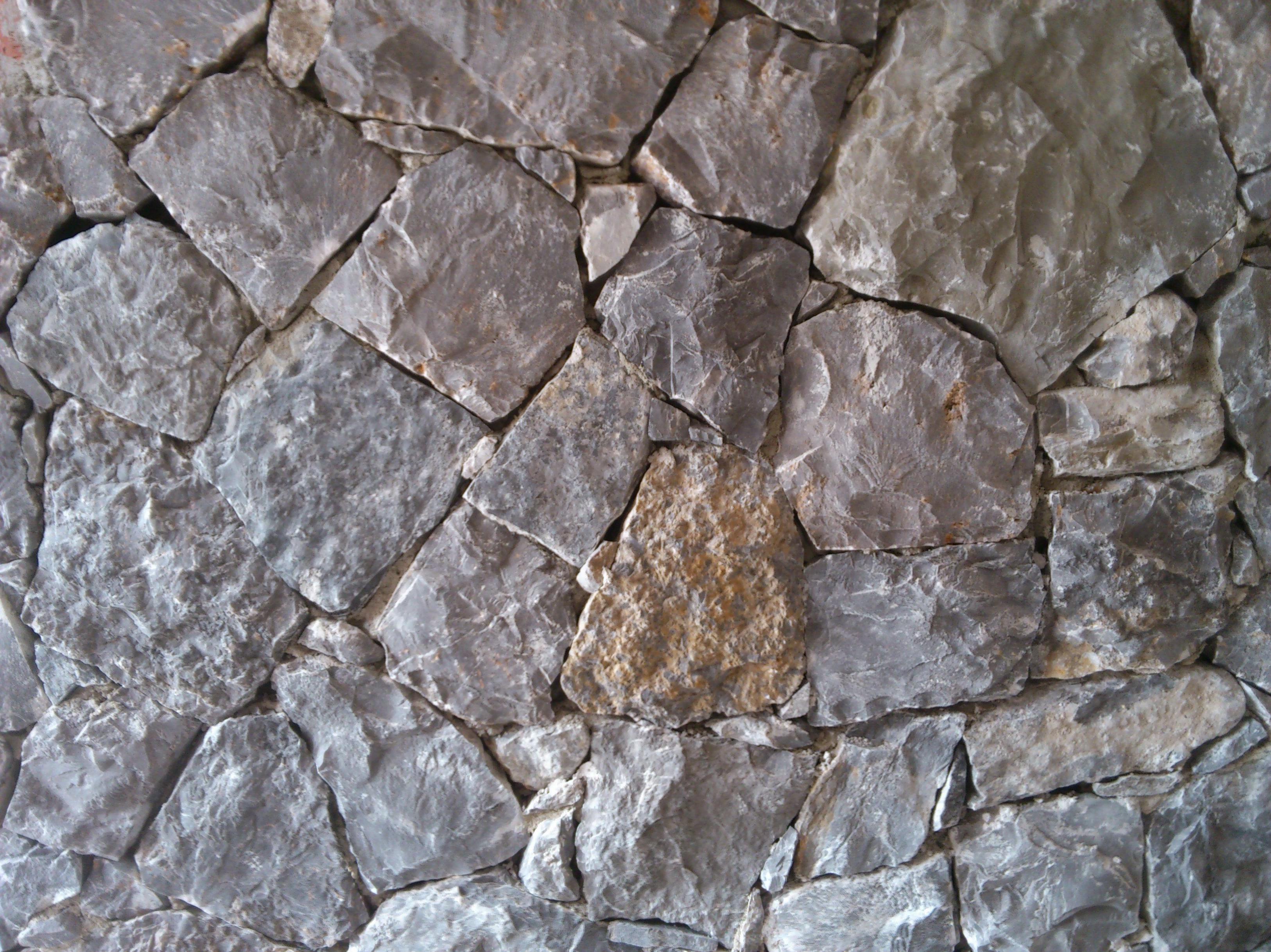 Fachada en piedra negra de Altea