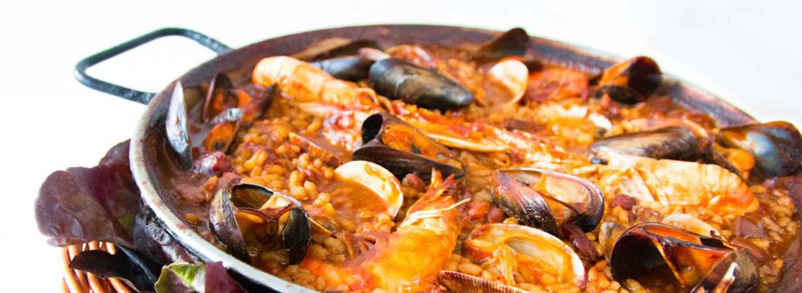 Arroces, paellas y fideuás: Especialidades de Cafetería Restaurante La Tisana