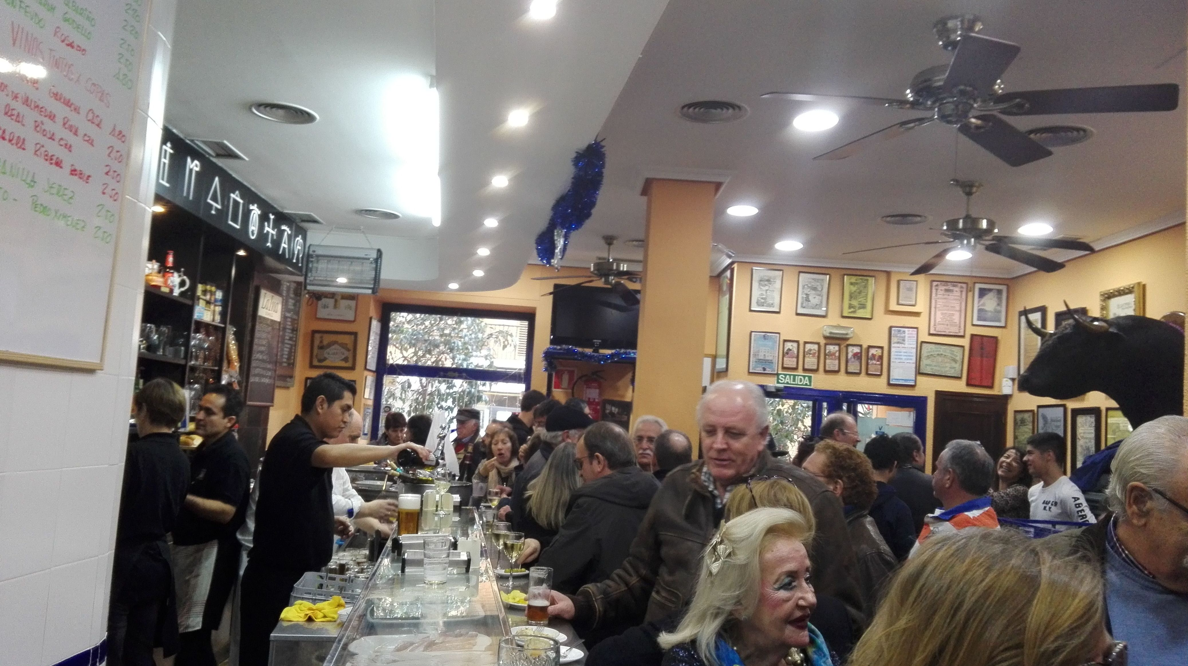 Foto 21 de Bares en Madrid | Bar Morales El Atómico