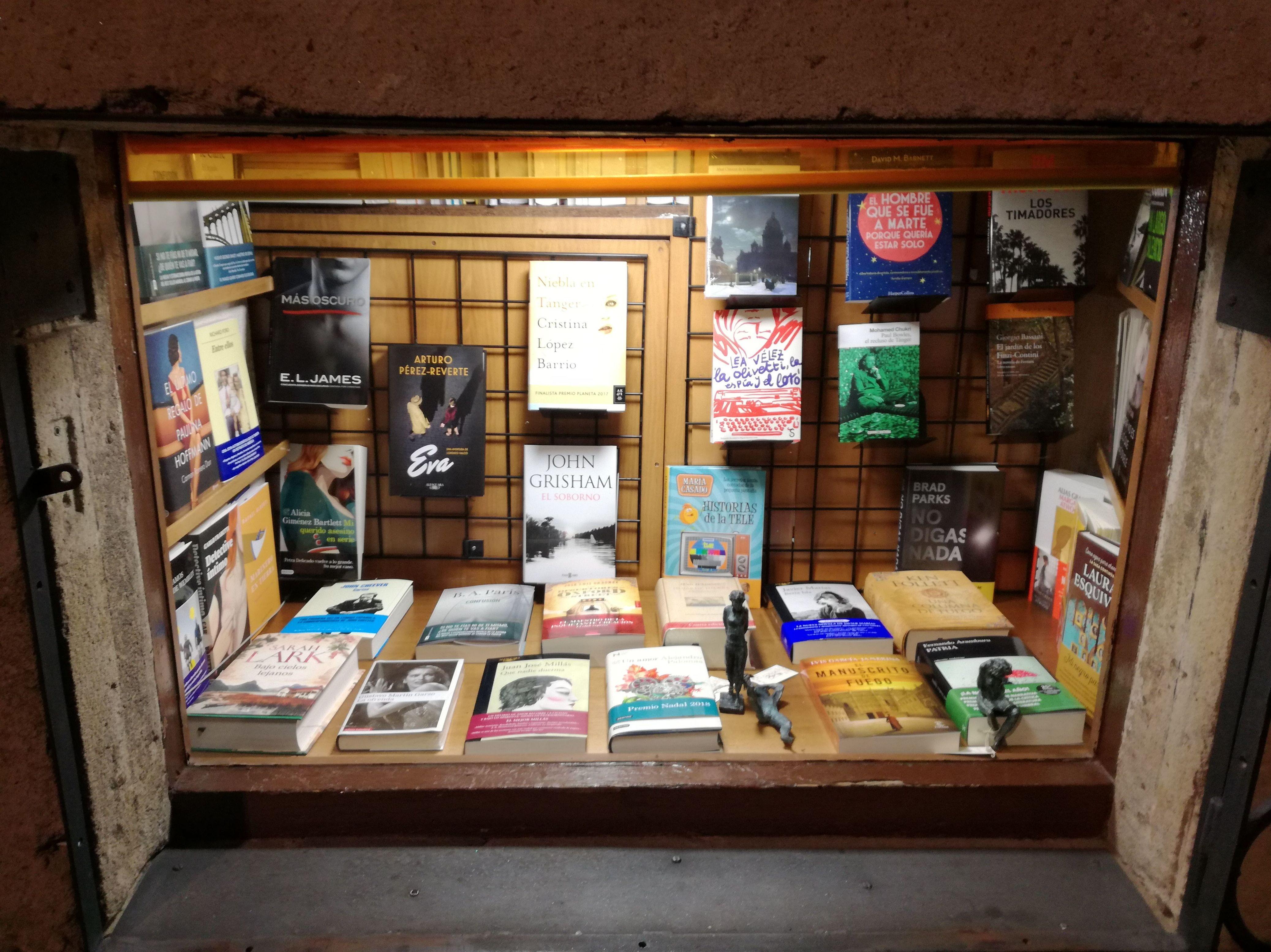 Foto 1 de Librerías en Salamanca | Librería Nueva Plaza Universitaria