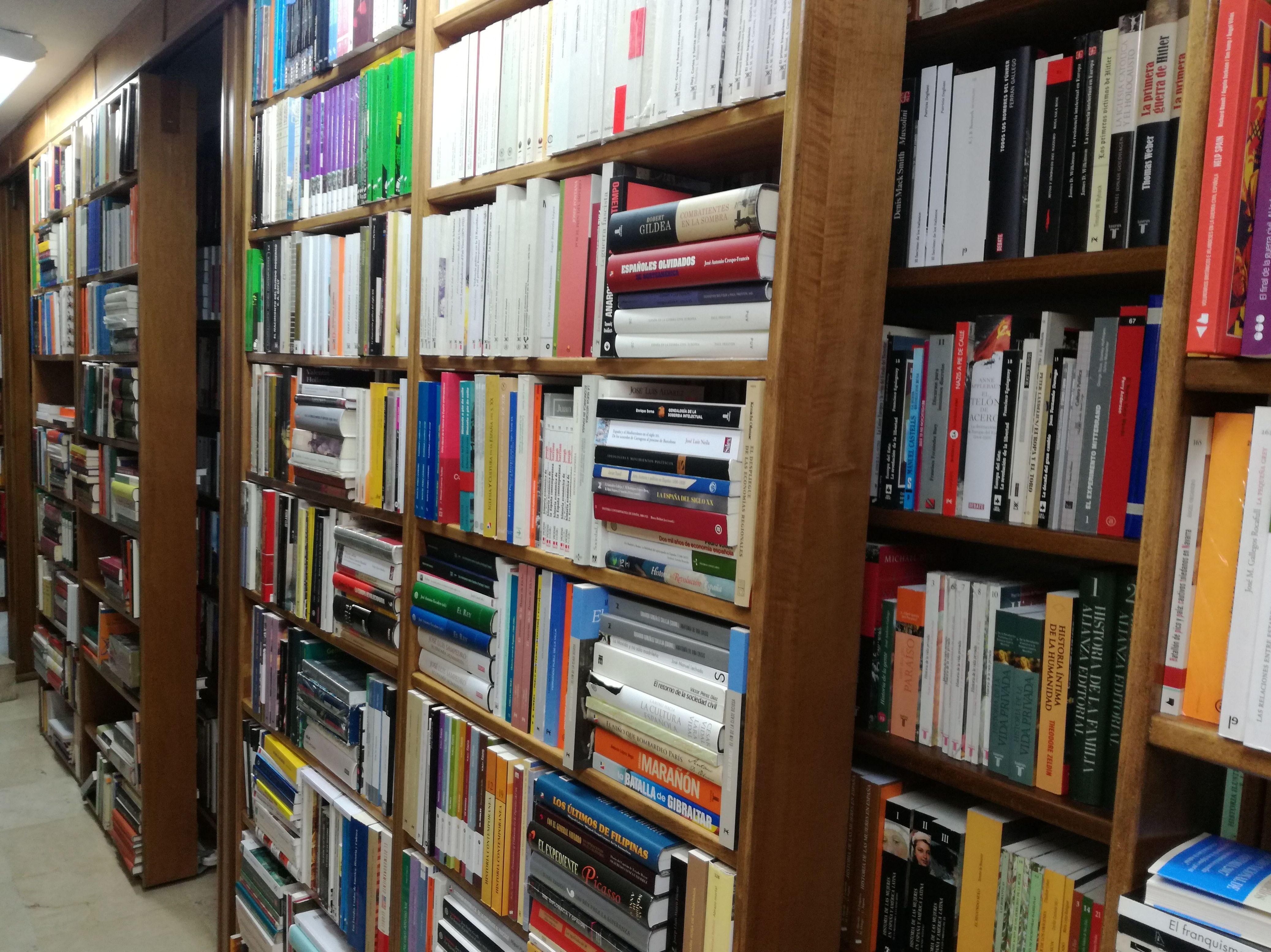 Foto 9 de Librerías en Salamanca | Librería Nueva Plaza Universitaria