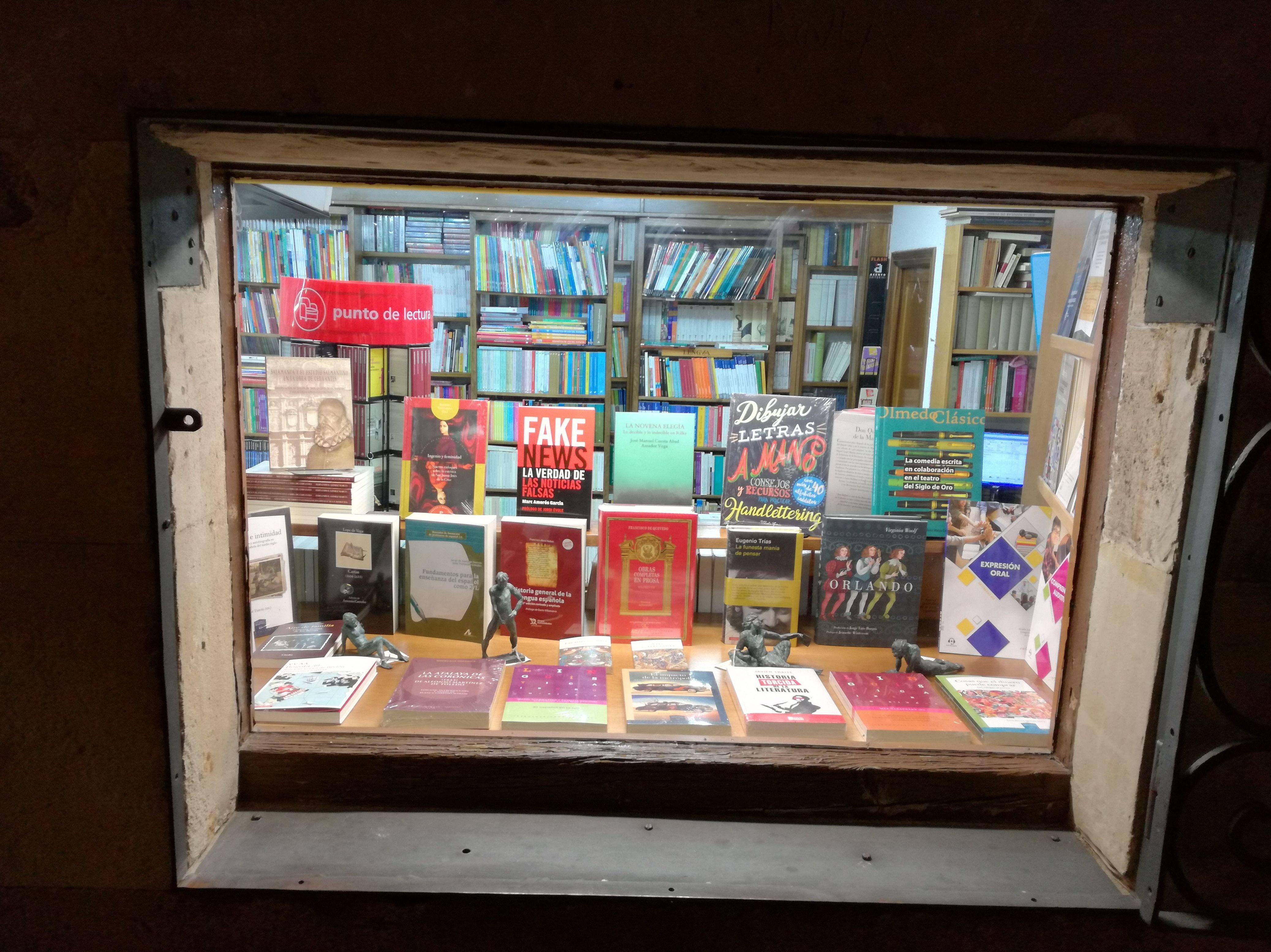 Foto 4 de Librerías en Salamanca | Librería Nueva Plaza Universitaria