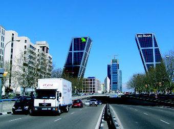 CAMIÓN DE MUDANZAS EN MADRID
