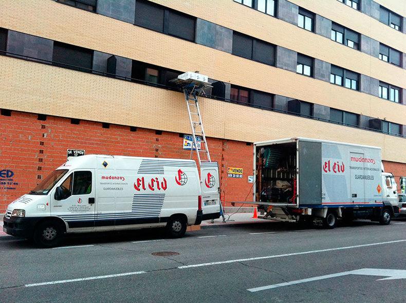 Para empresas: Servicios de Mudanzas El Cid