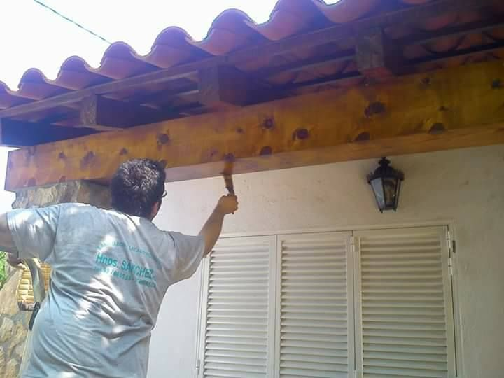 Barnices: Servicios de Hnos. Sánchez