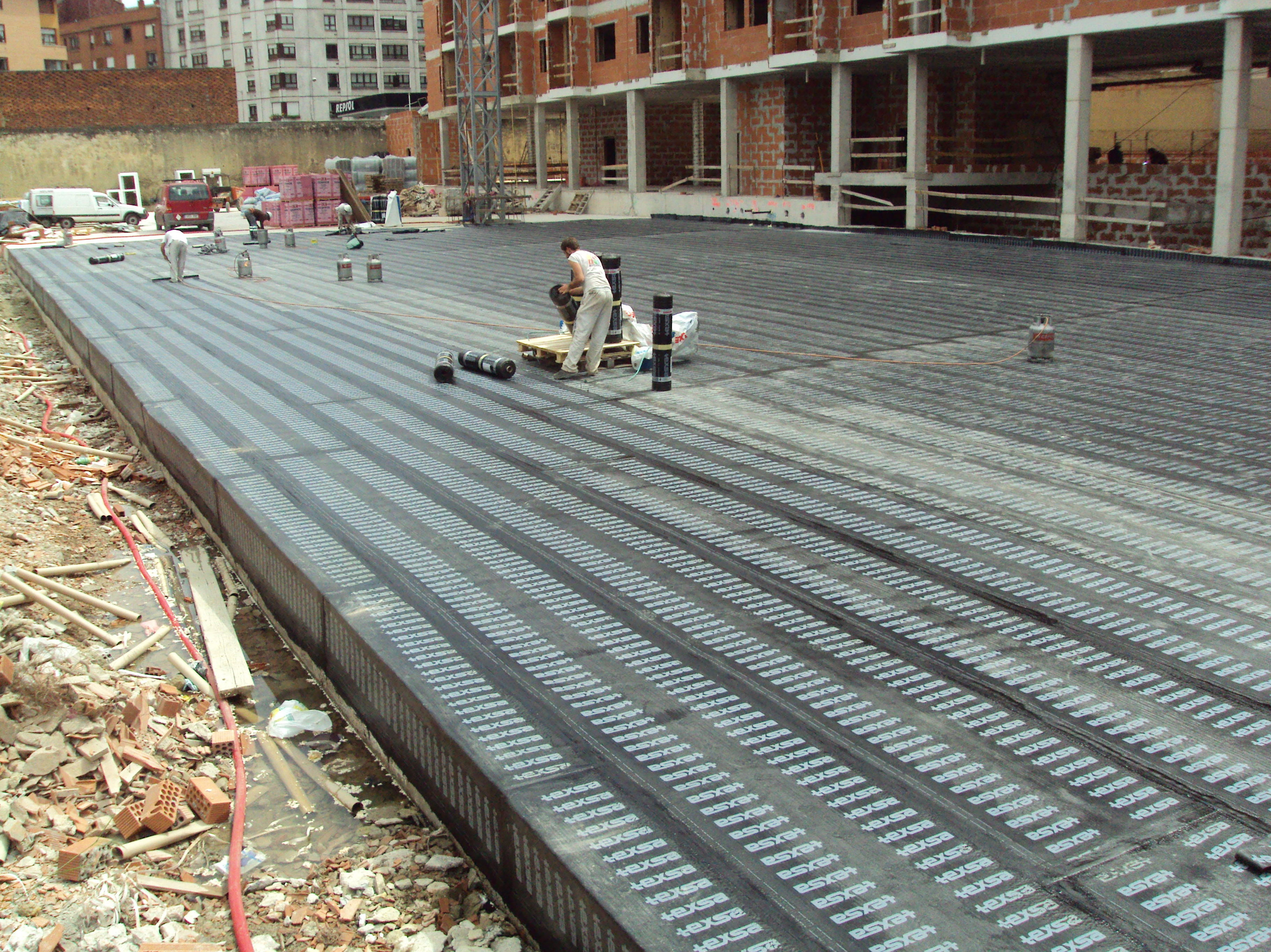 Impermeabilización cubierta garaje con láminas asfálticas