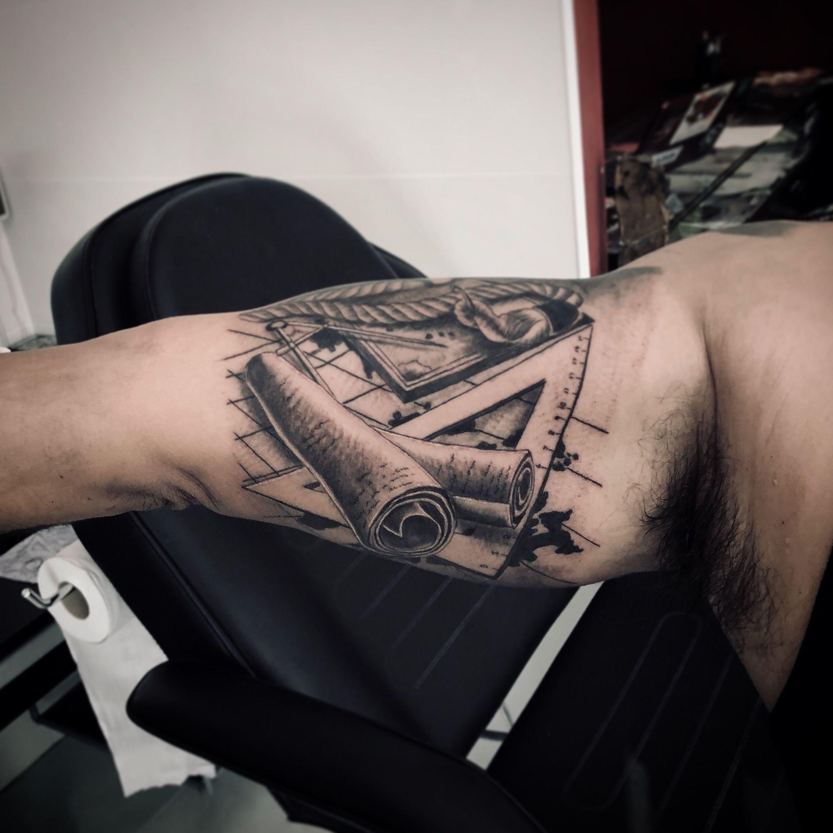 Foto 24 de Tatuajes en  | Tattoo Artman