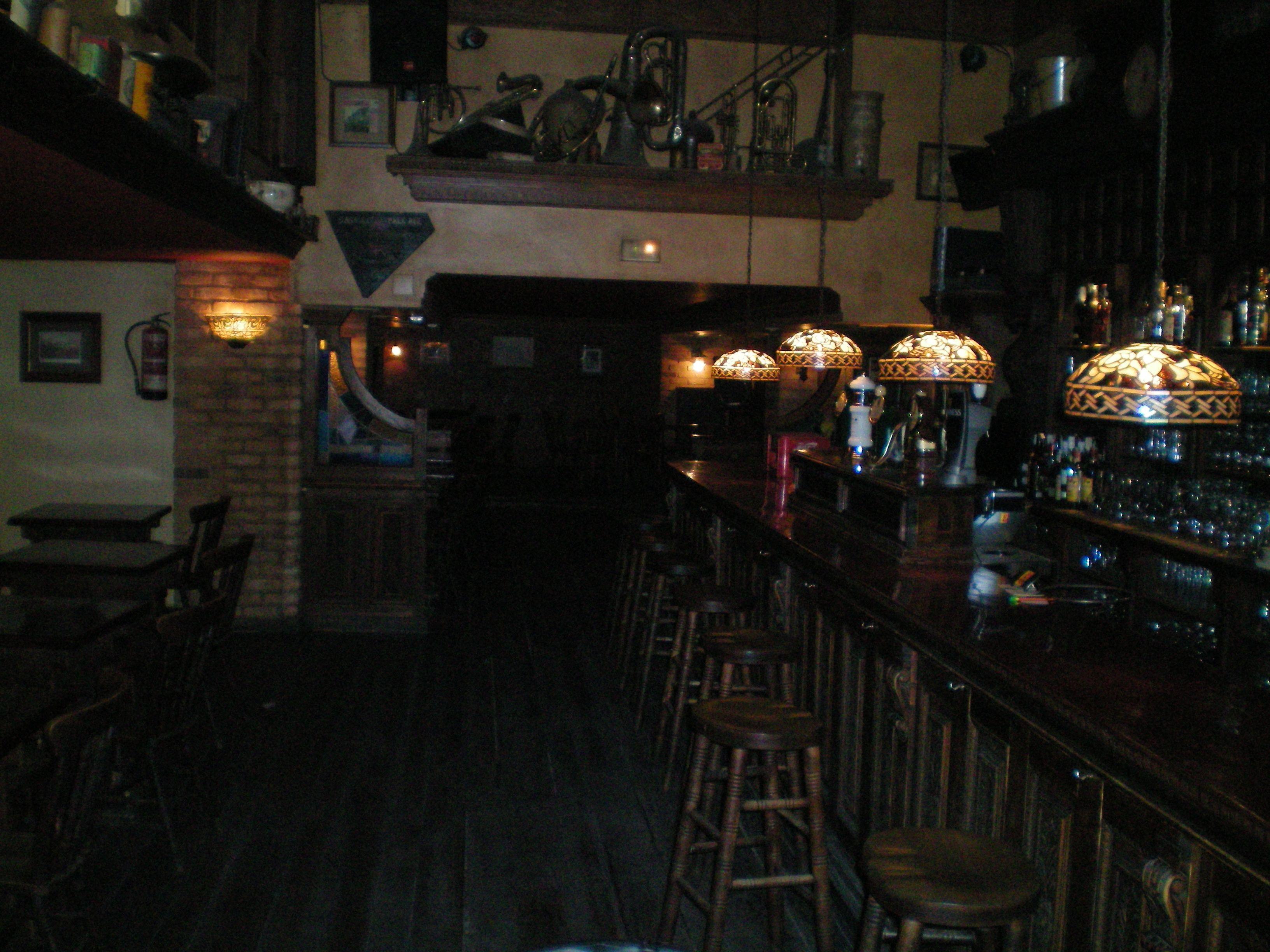 Foto 12 de Pubs y bares de copas en  | Swing Tavern