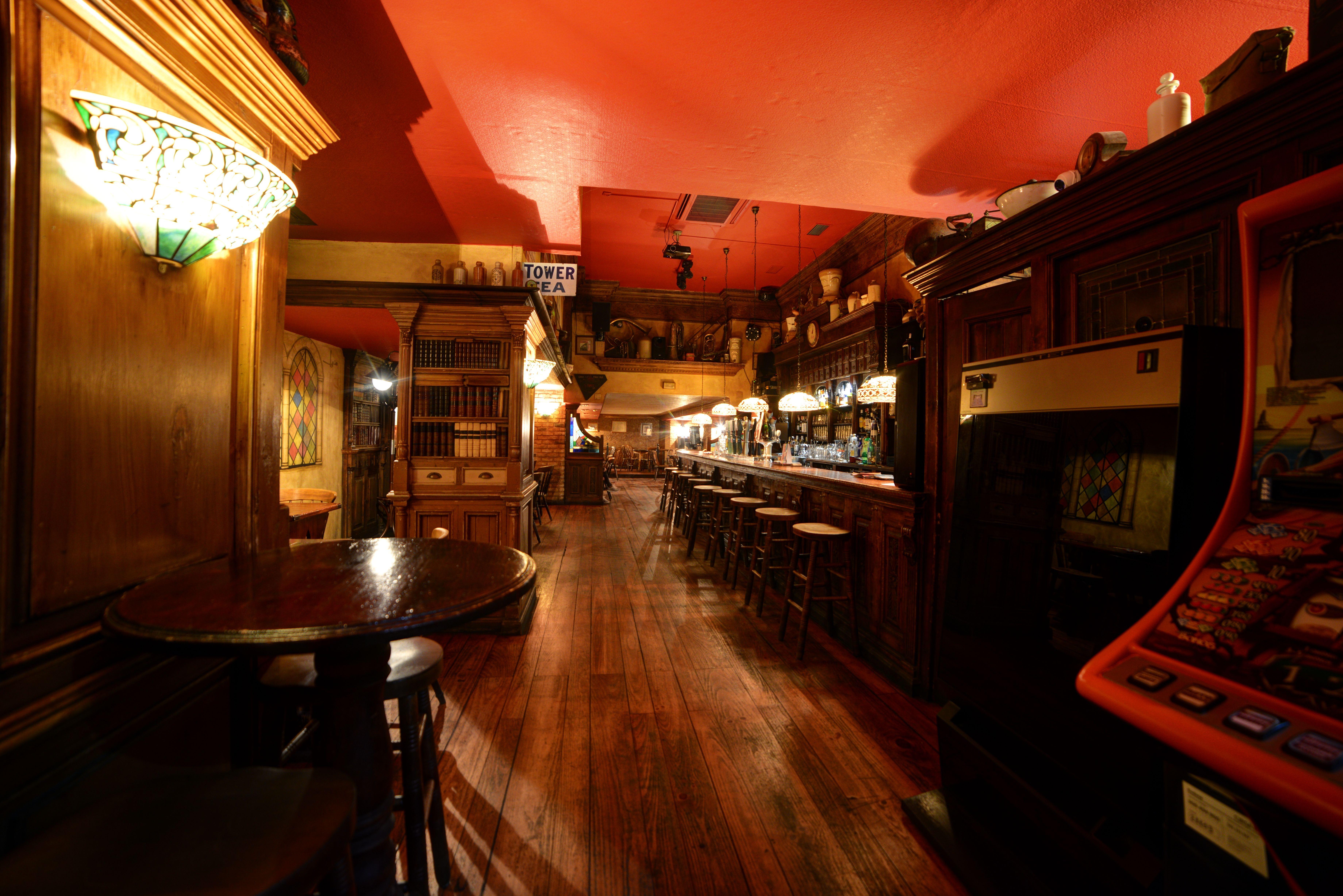 Foto 2 de Pubs y bares de copas en  | Swing Tavern
