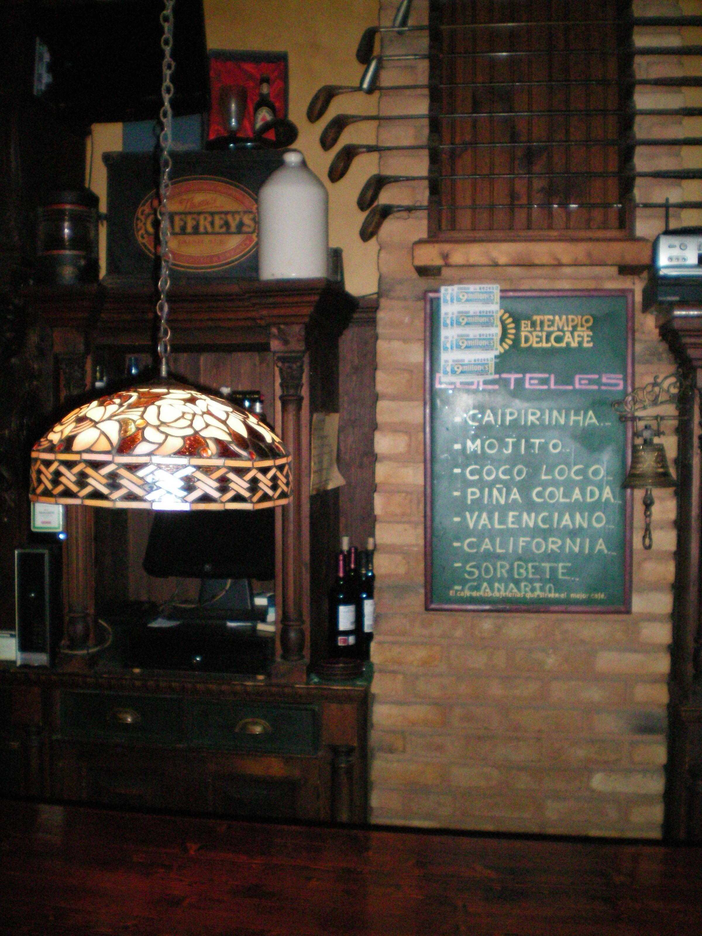 Foto 23 de Pubs y bares de copas en  | Swing Tavern