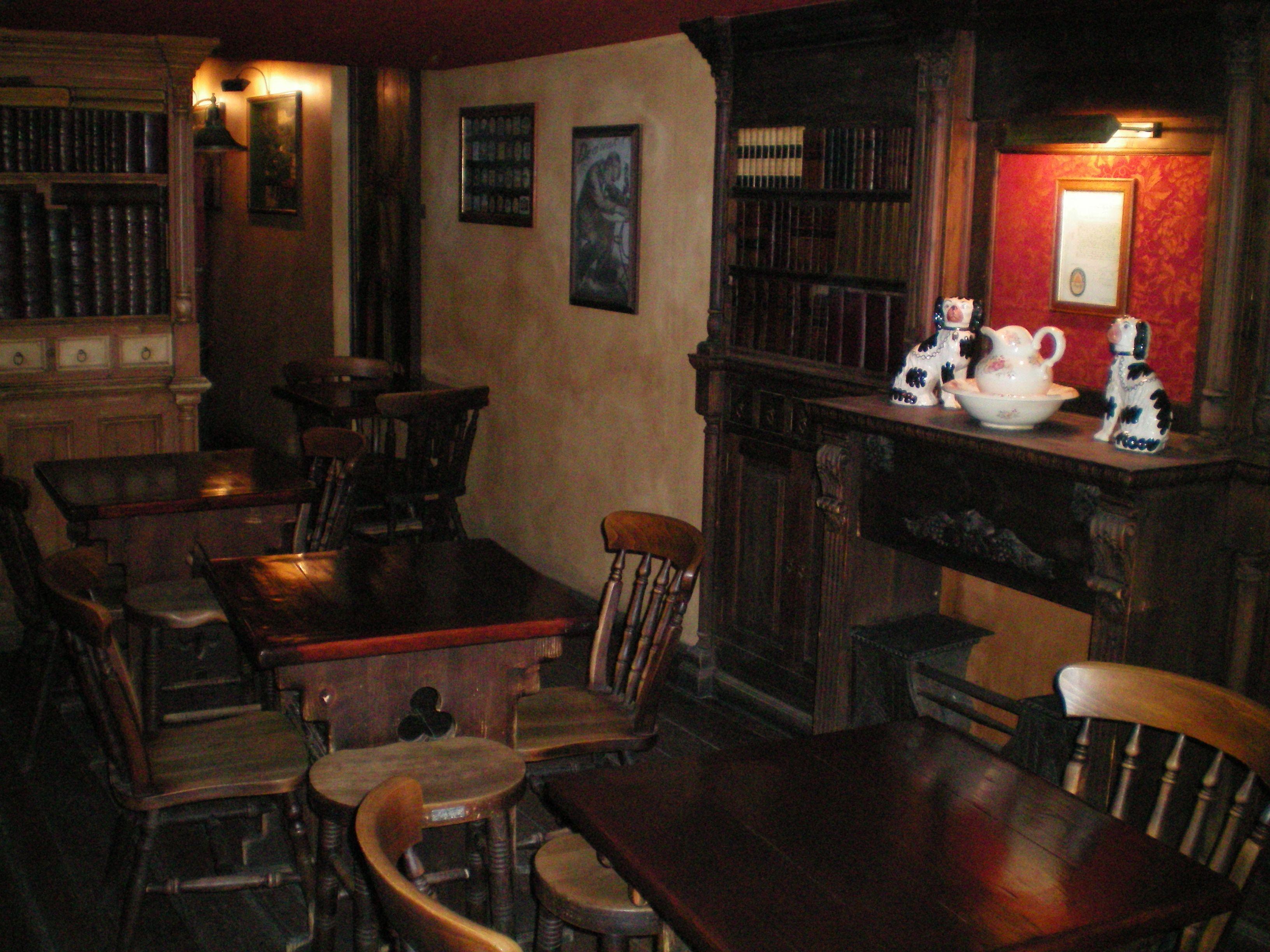 Foto 13 de Pubs y bares de copas en  | Swing Tavern