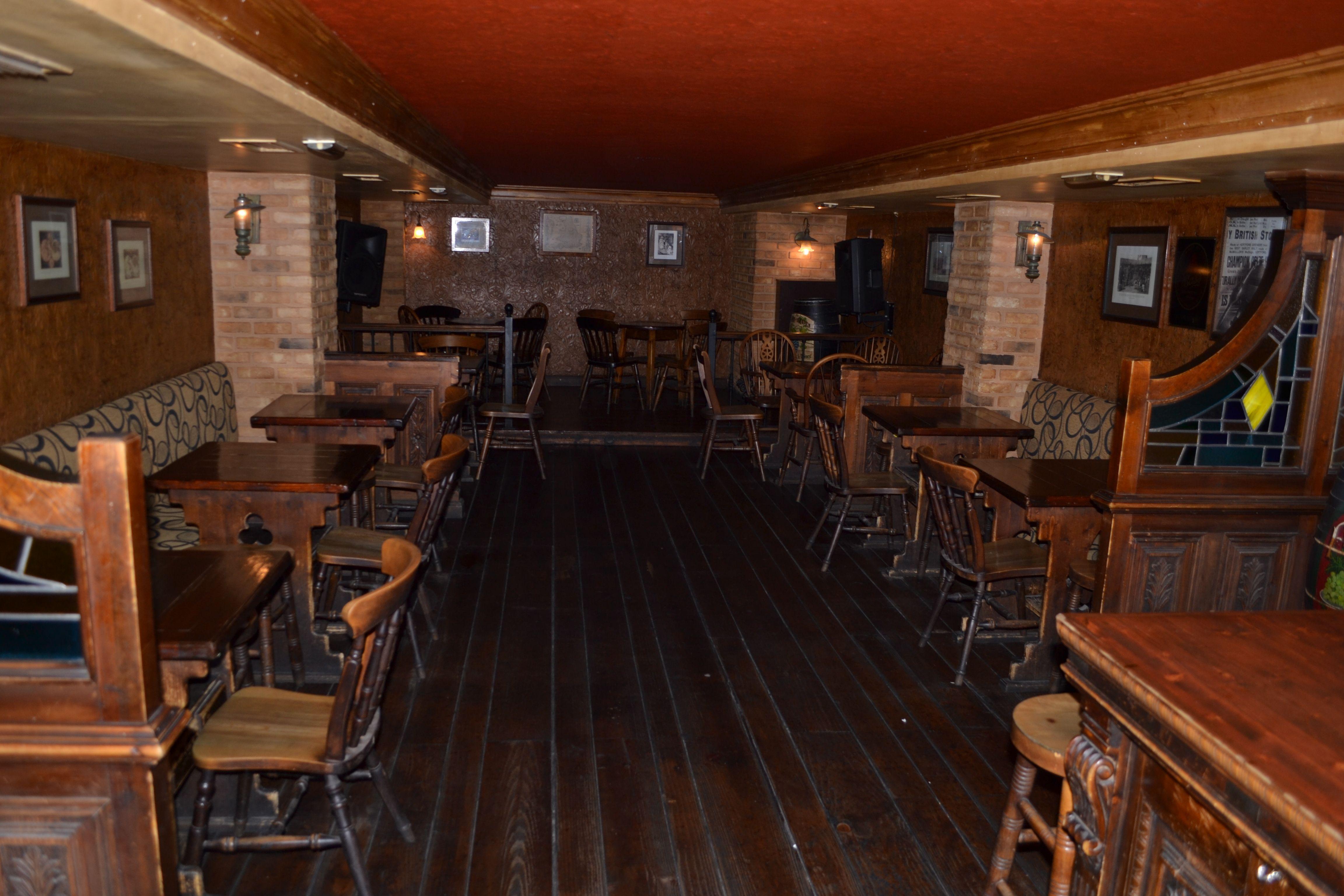 Foto 15 de Pubs y bares de copas en  | Swing Tavern