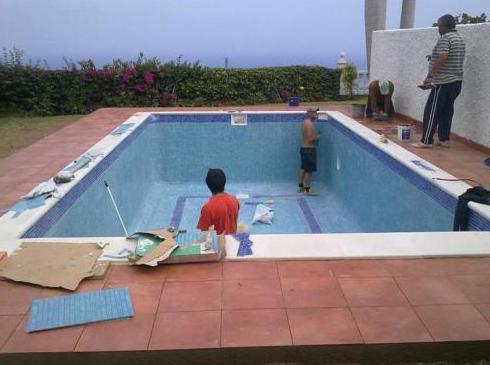 Construcción y mantenimiento de piscinas en Santa Cruz de Tenerife